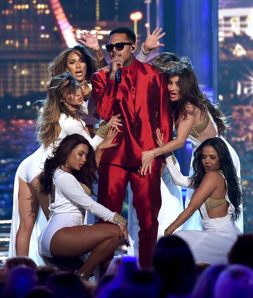 Chris Brown This Christmas.Chris Brown This Christmas